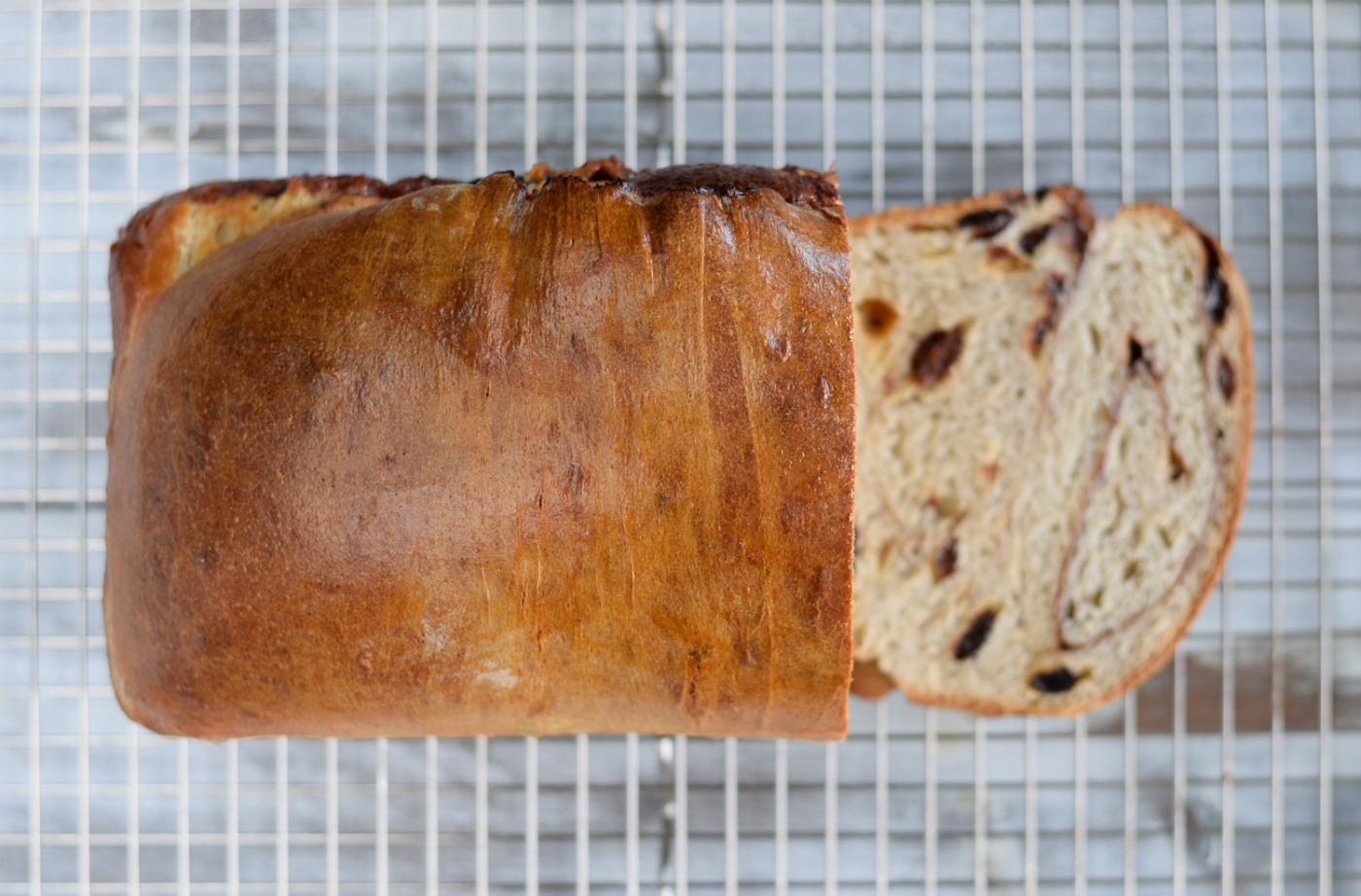 cinnamon_raisin_bread_4_web